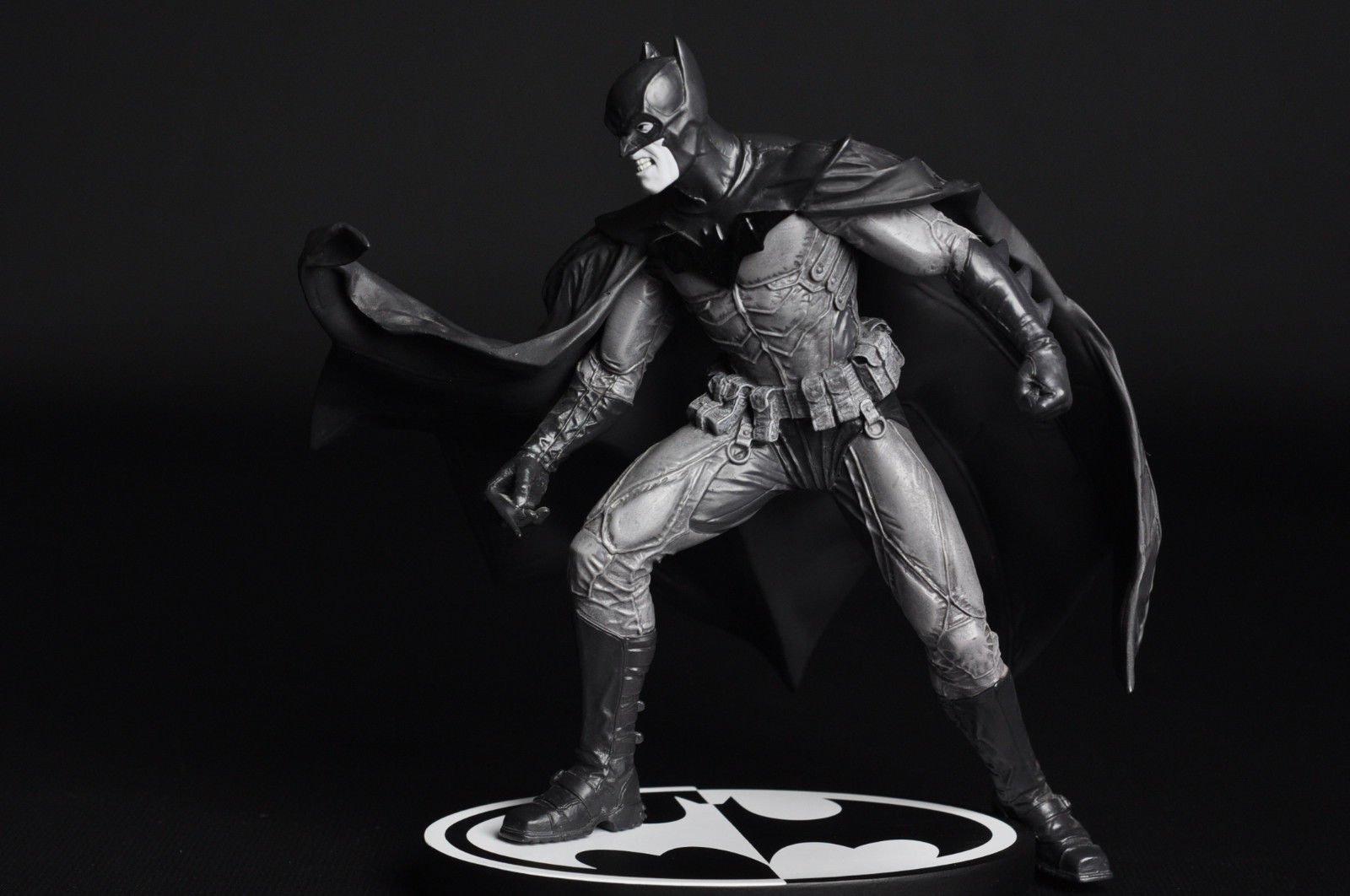 original (1) & Ben Afflecku0027s Batman Costume Inspired by Graphic Novel u0027Noelu0027?